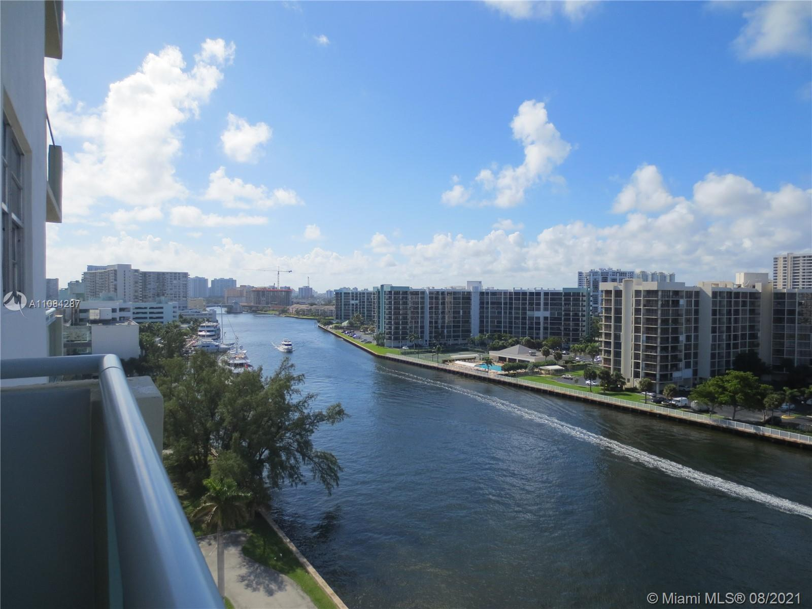 Stunning Intracoastal views from your large open balcony on the 9th floor. Beautiful furnished large