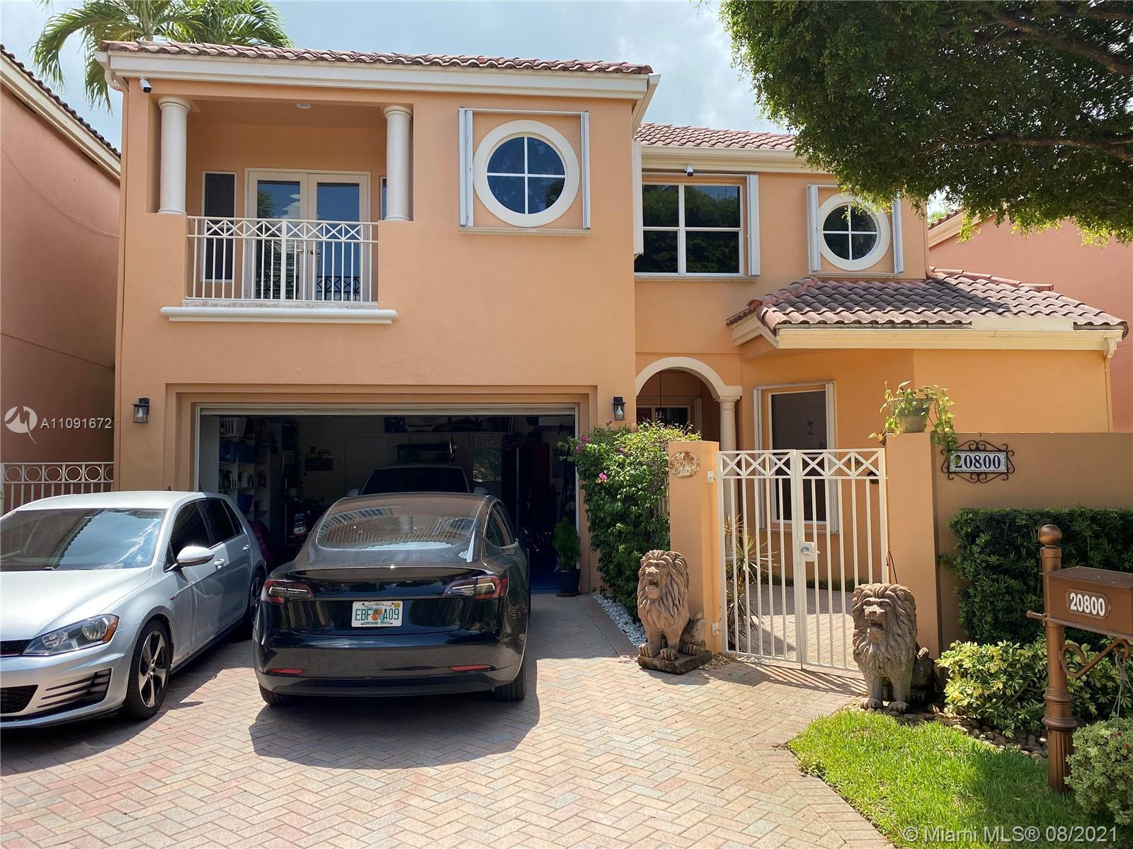 Rare Opportunity To own this beautiful Aventura Home! Open living space with 3 bedrooms 3 baths at t