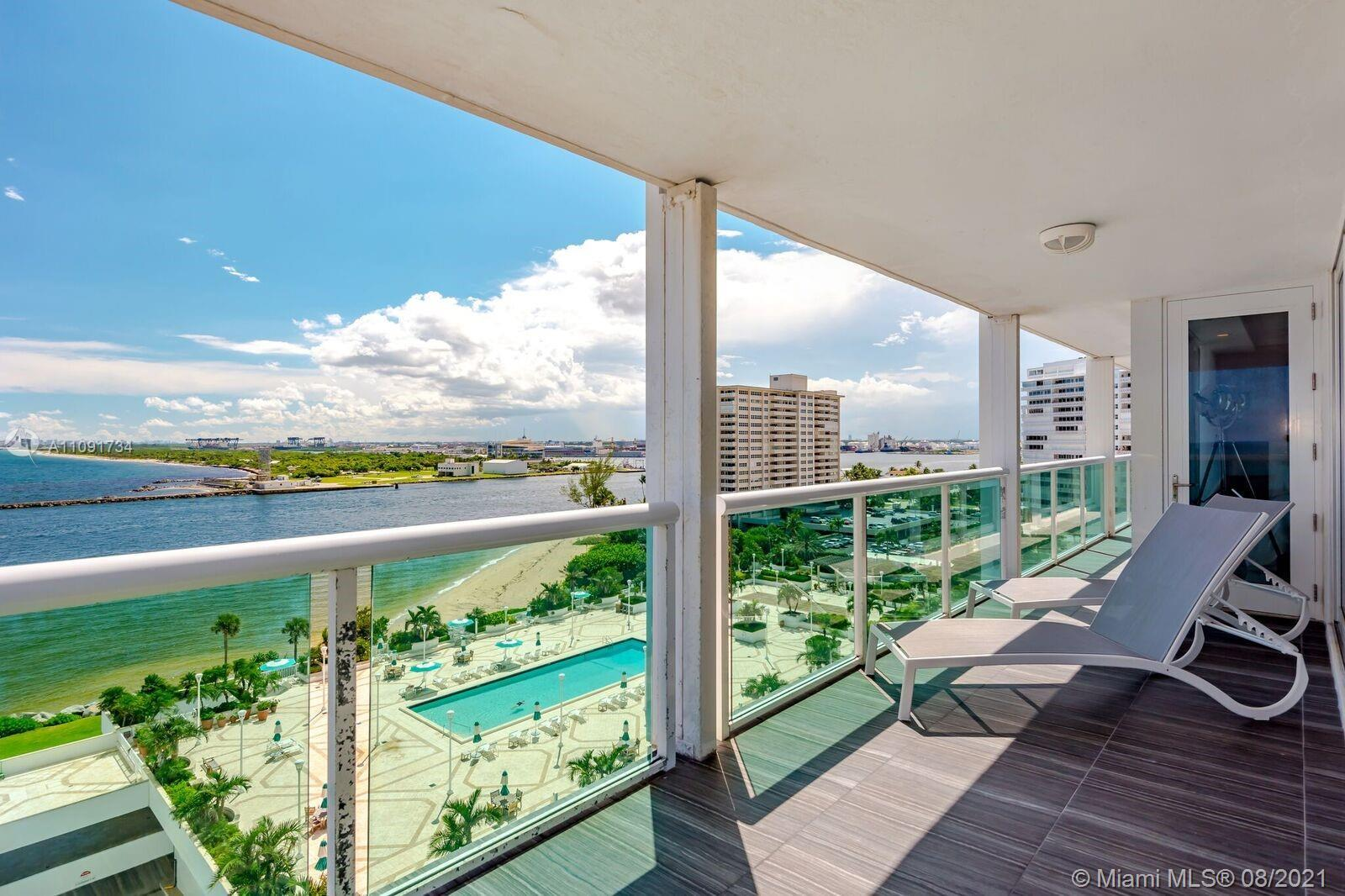 **WHO SAYS YOU CANT HAVE IT ALL**BEST OF BOTH WORLD IN THIS SPECTACULAR 2 BEDROOM, 2 BATH PLUS A DEN