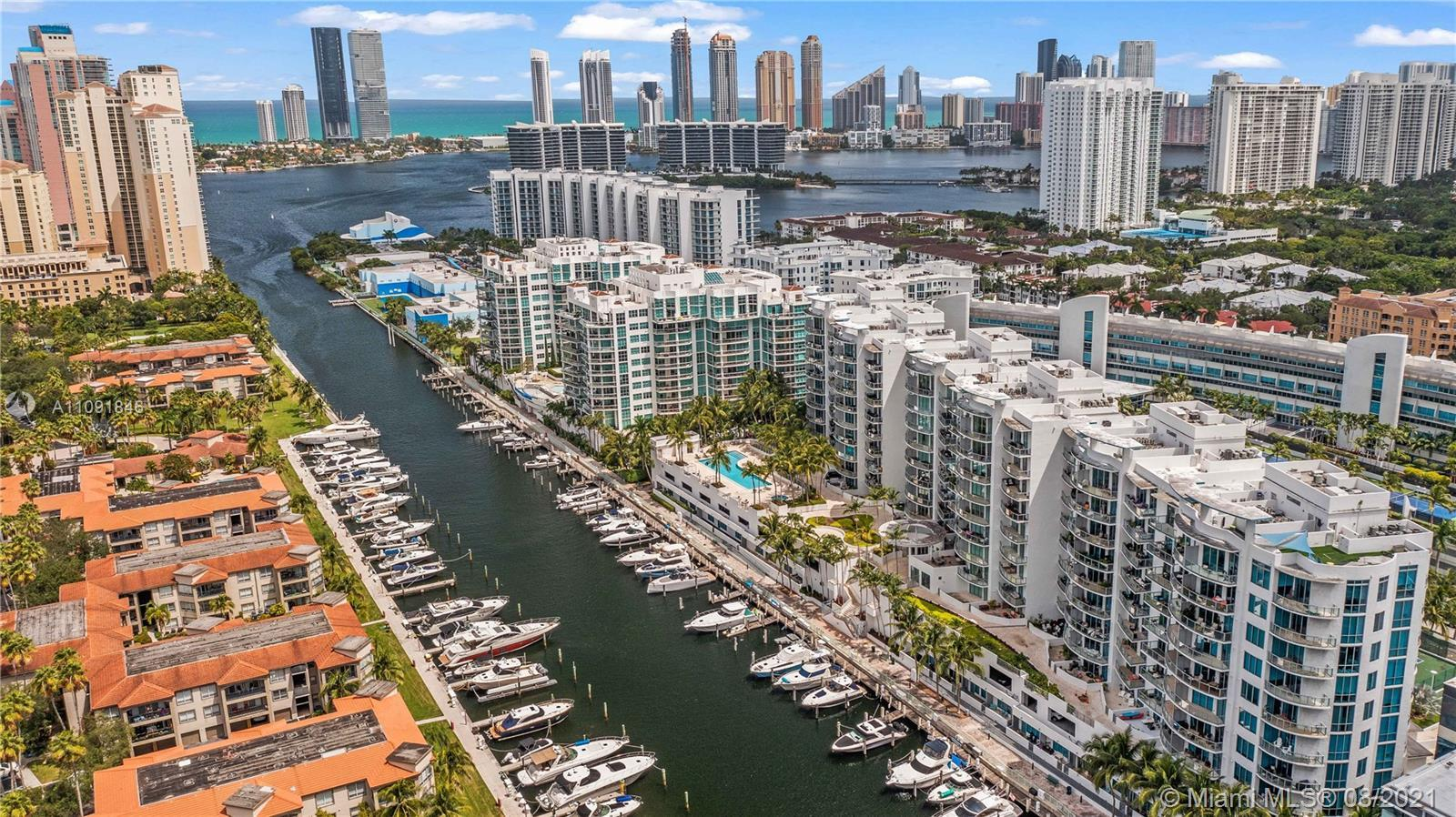 Luxury waterfront condo in the heart of Aventura. 3 spacious bedrooms, 3bathrooms, 2 balconies with