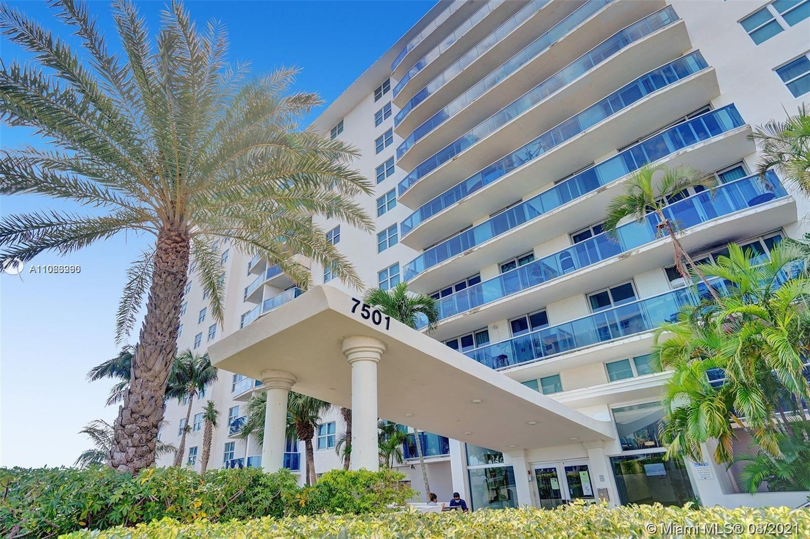 BEAUTIFUL AND WELL MAINTAINED UNIT WITH  GREAT VIEW OF BISCAYNE BAY. OPEN KITCHEN WITH STAINLESS STE