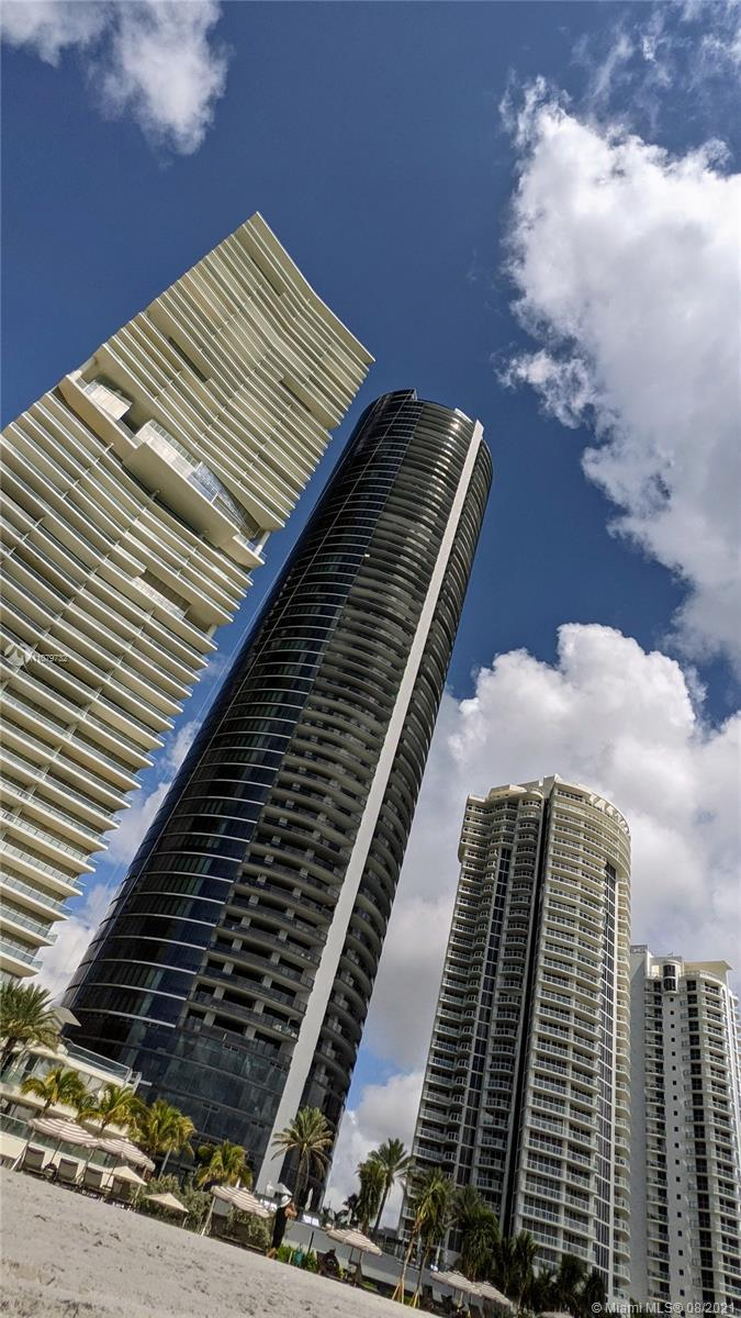 Yes! Now is the time to live Porsche Design Tower Miami. Designer ready. New sky-villa. 4 bedrooms w