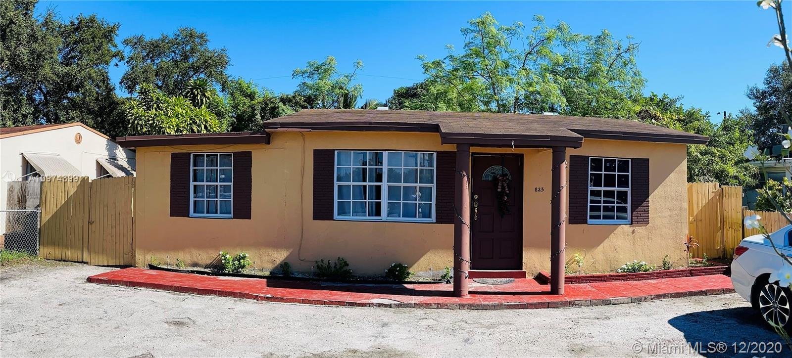 You hit the jackpot with this single family home or commercial use property! Previously operated as