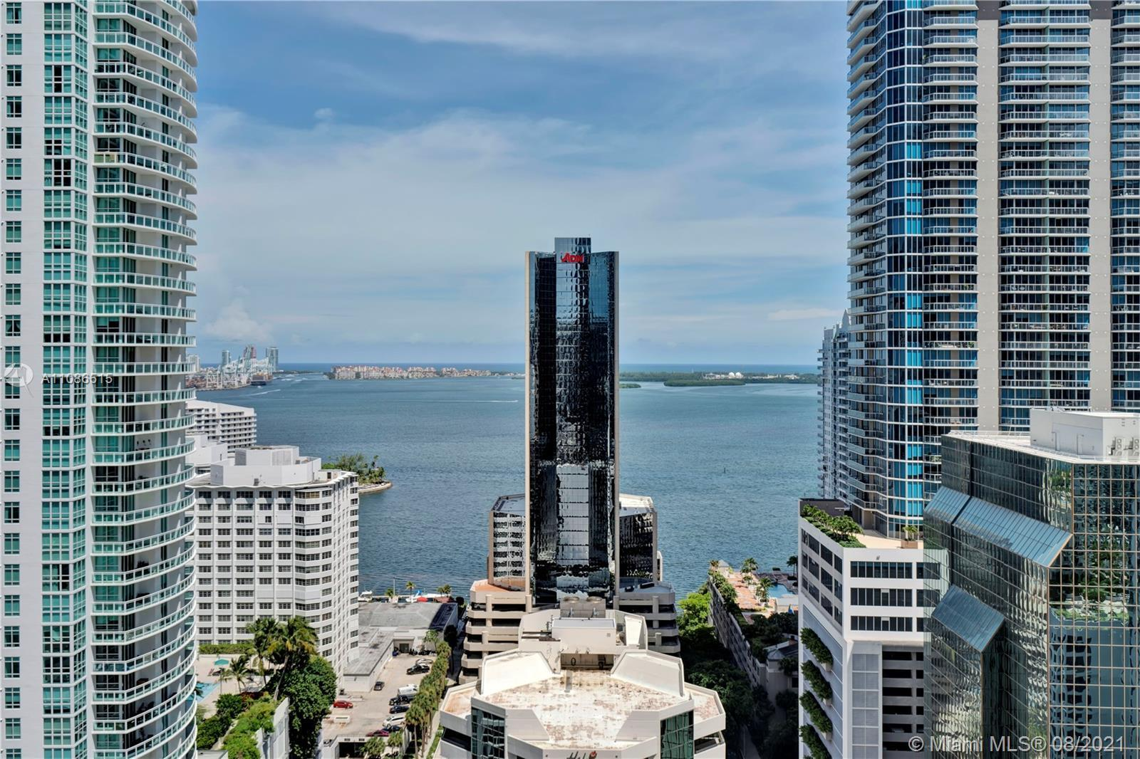 Enjoy trendy Brickell life in the heart of the action, steps from restaurants, shopping and entertai