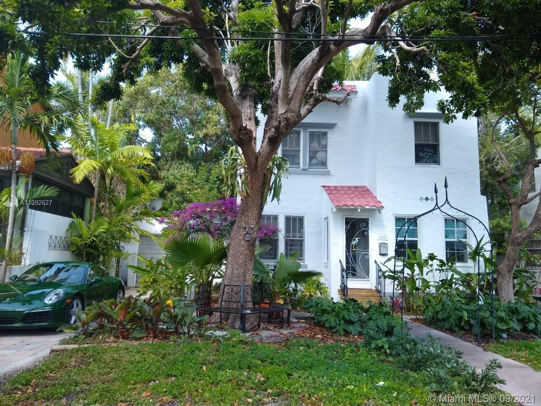 Classic Miami Beach gem on low-traffic, historic Espanola Way cul-de-sac. Tranquil oasis steps from