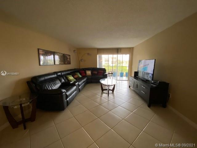 Great Location!, All Ages!, A Rated Schools, 2/2 Condo features beautiful layout, new stainless stee
