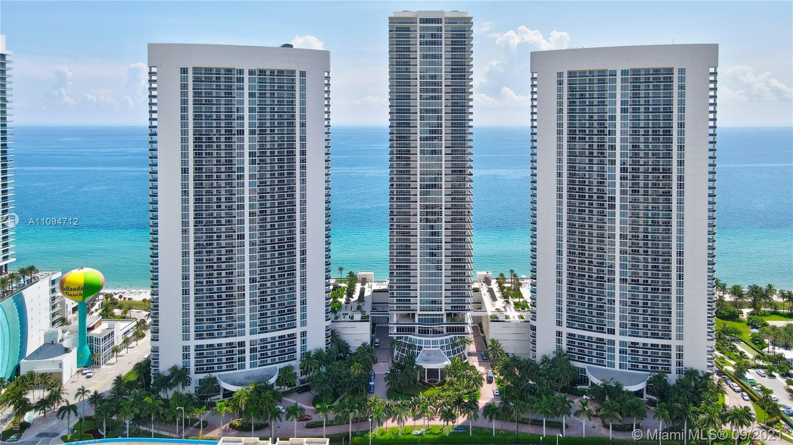 Totally turnkey! Sweeping ocean and shoreline views from this stunning, drop dead gorgeous 1/1 unit.