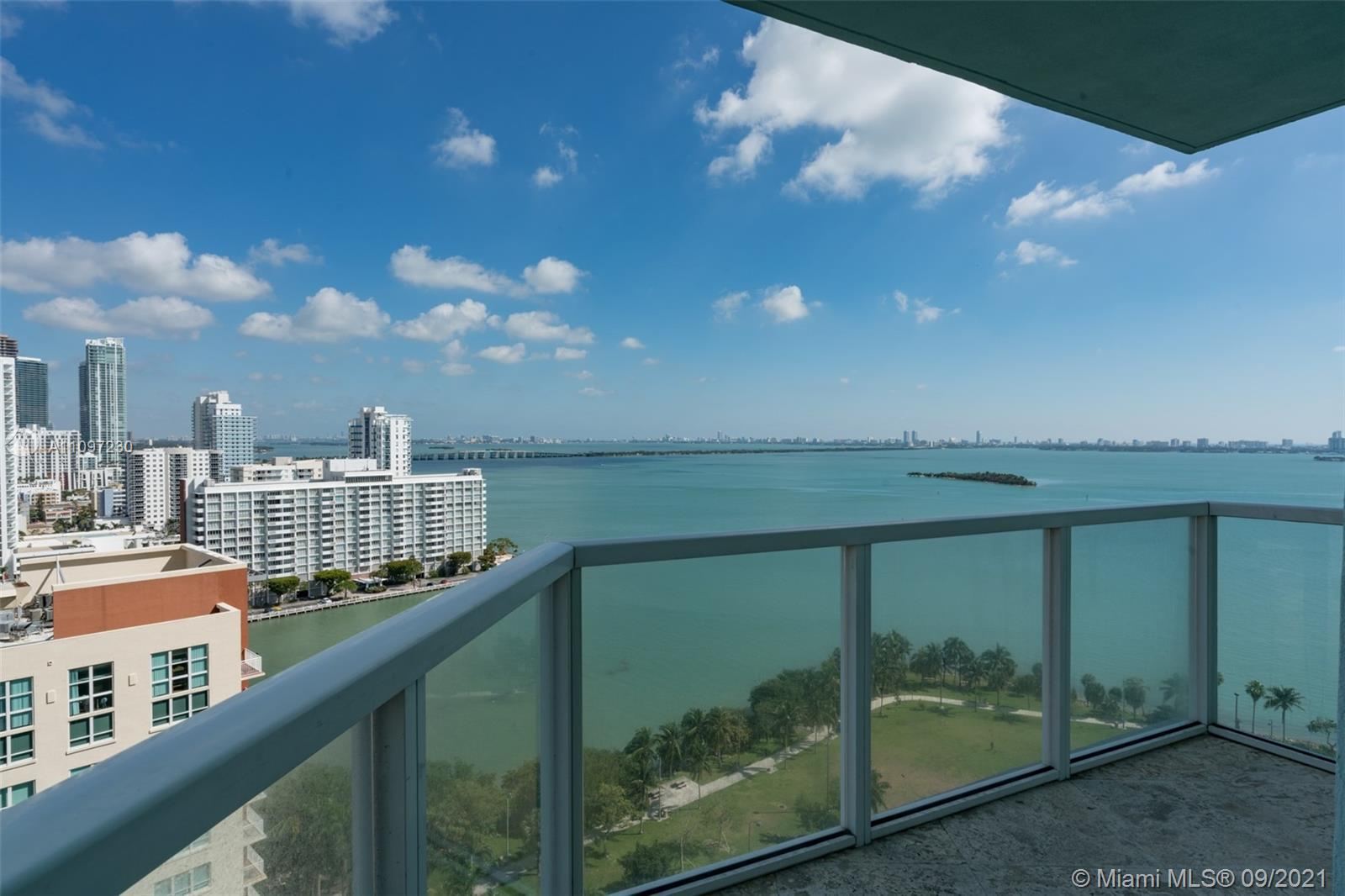 GREAT OPPORTUNITY TO OWN A FULL 3 BEDROOMS AND 3 BATHS AT THE SOUGHT AFTER QUANTUM ON THE BAY. THIS
