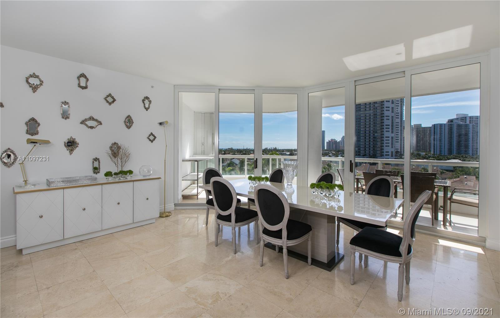 BRIGHT AND BEAUTIFUL.  THIS FABULOUS 7TH FLOOR RESIDENCE LOCATED AT THE ATLANTIC lll AT THE POINT IN