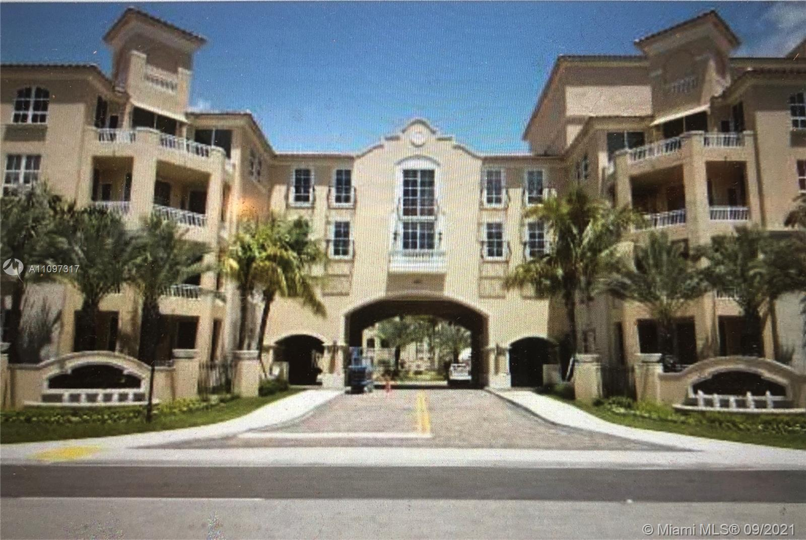 BEAUTIFUL, SECURE, ALAQUA CONDO.  HIGH FLOOR, WITH GORGEOUS DIRECT POOL VIEW.  ALAQUA IS A WATERFRON