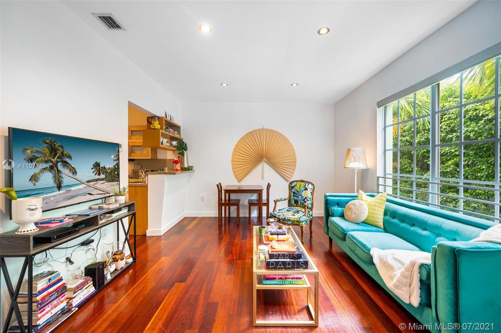 Don't look any further! This renovated unit in an Art Deco building in world famous South Beach offe