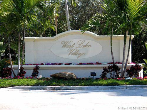 BEAUTIFUL 2/2 IN WEST LAKE VILLAGE. A 24-HOUR GATED COMMUNITY JUST 1 MILE FROM THE OCEAN. 1 FULL BED