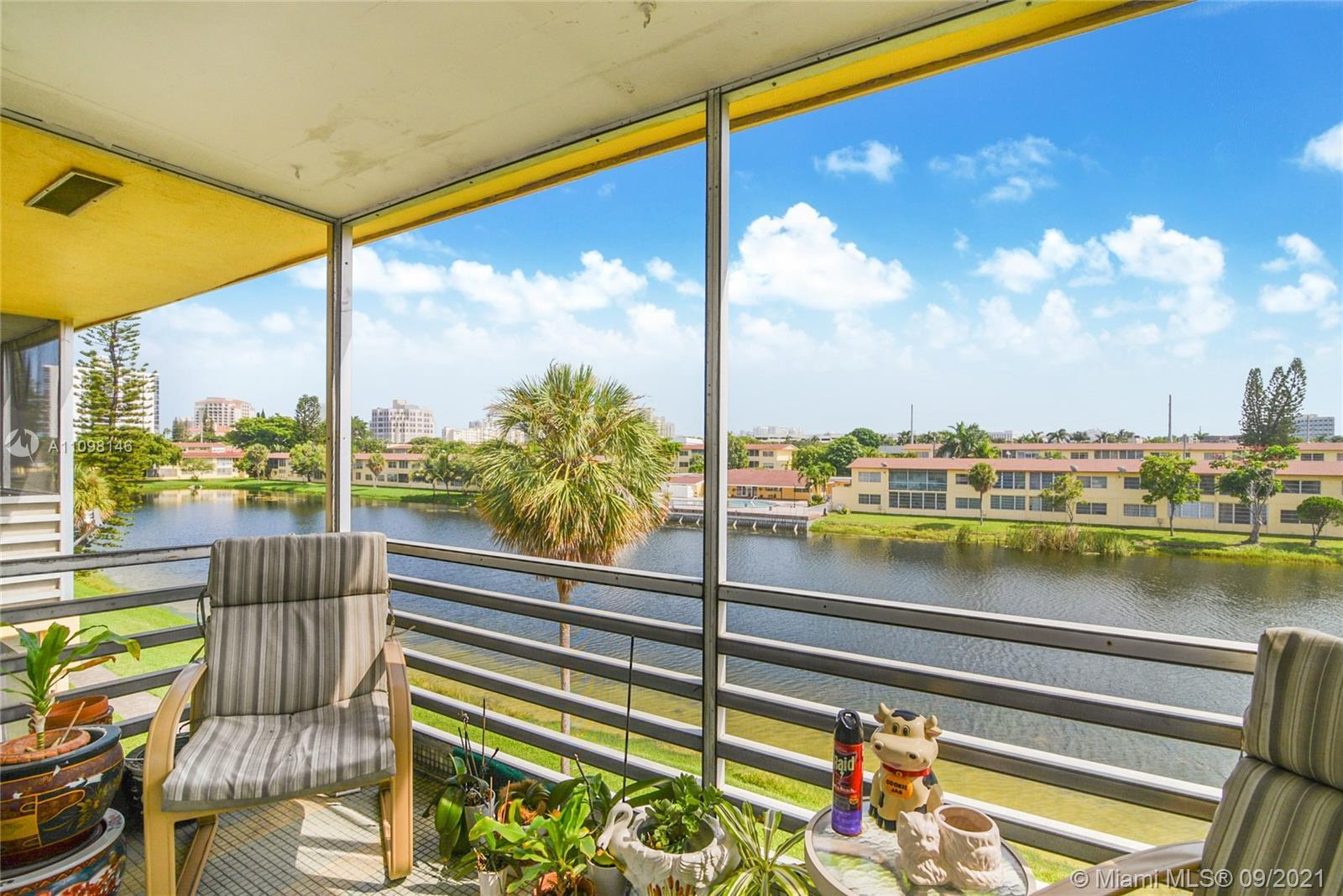Best location and best deal in the heart of Aventura. This one bedroom, one bath quaint yet spacious