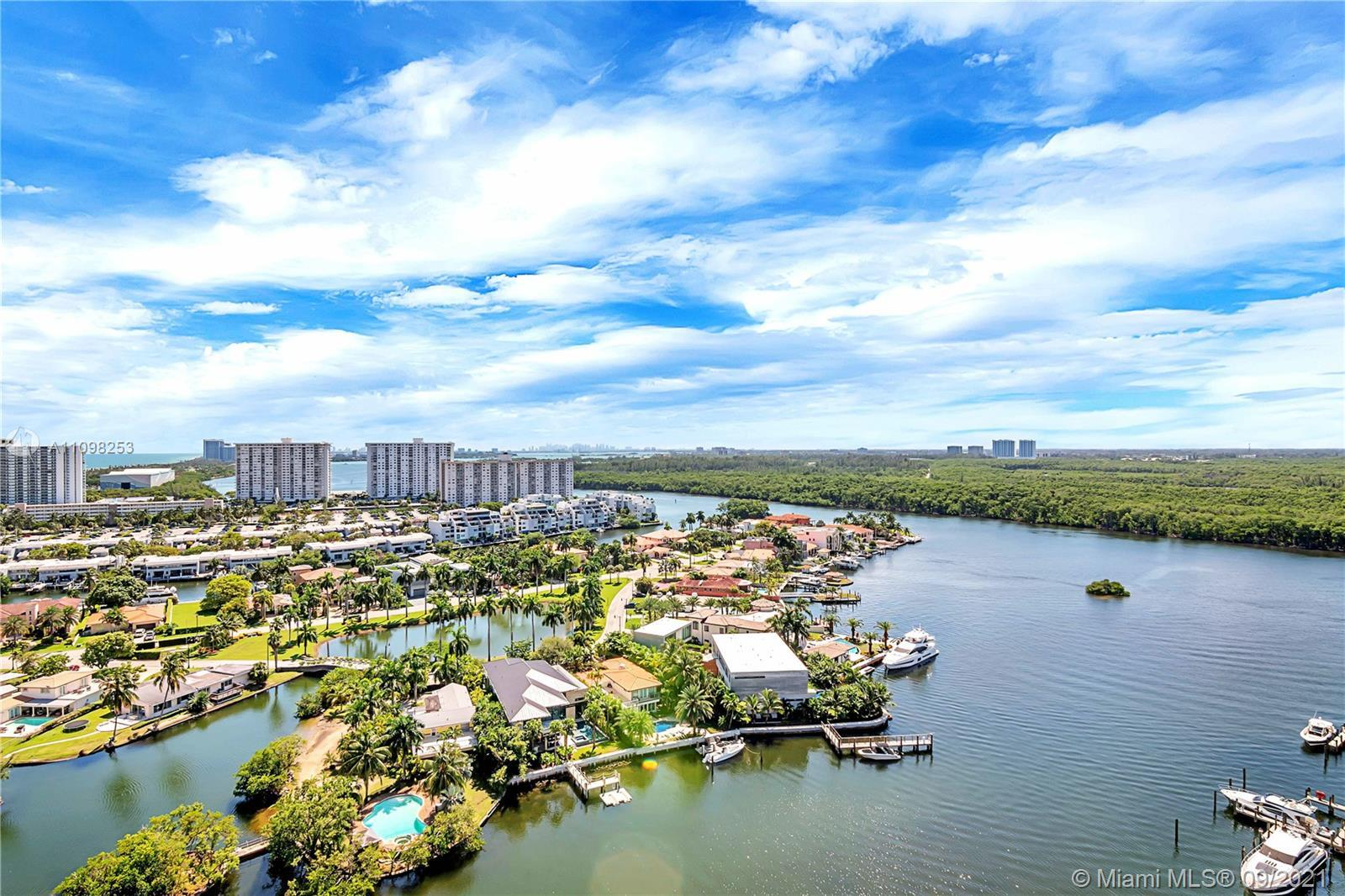 PRICED TO SELL! Water views Condo features an open floor plan with 3 bed (2+den)/3bath, 11 ft high c