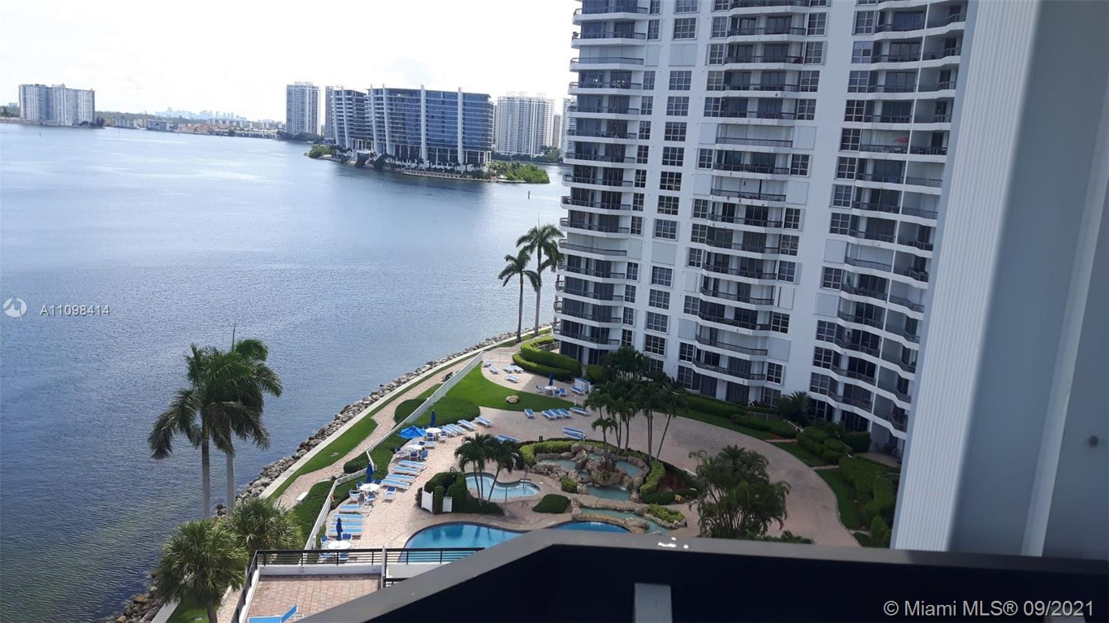 WHAT A VIEW - UNBEATABLE WATER + INTRACOASTAL + OCEAN + SUNNY ISLES + GOLDEN BEACH VIEW - WRAP AROUN