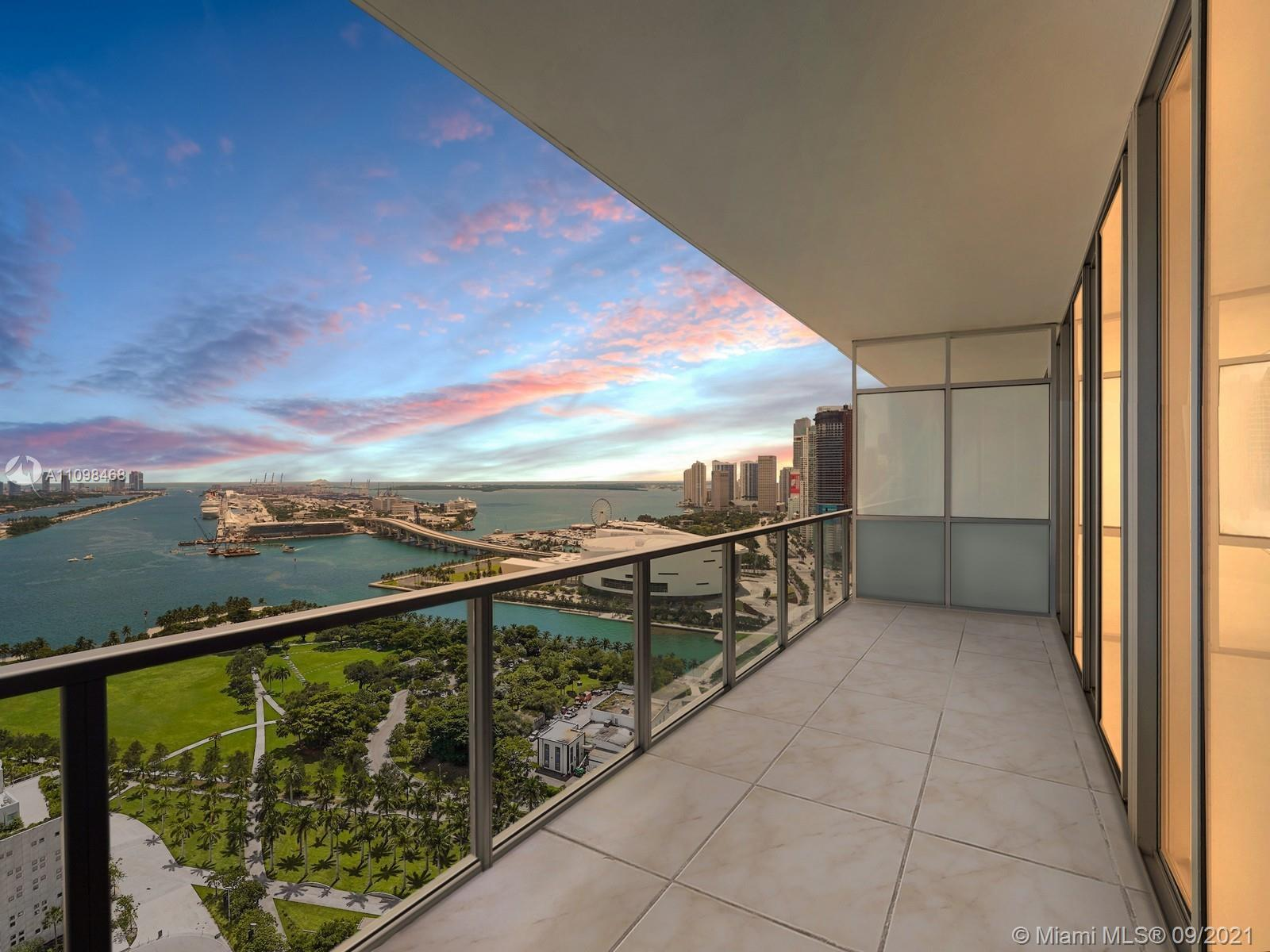 Incredible direct Biscayne Bay views from one of Downtown Miami's most exclusive luxury residential
