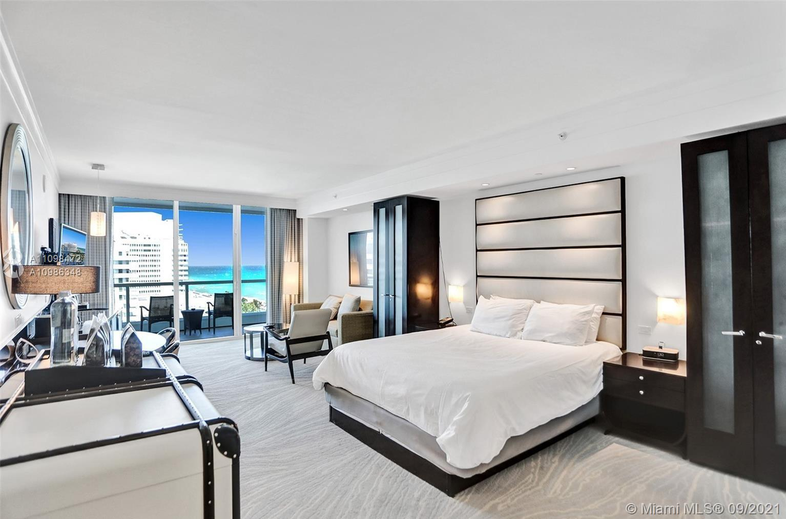 STUDIO OVERLOOKING TO THE OCEN AND POOL FROM 14 FLOOR. VACATION STYLE LIVING- KING SIZE BED, SOFA-BE