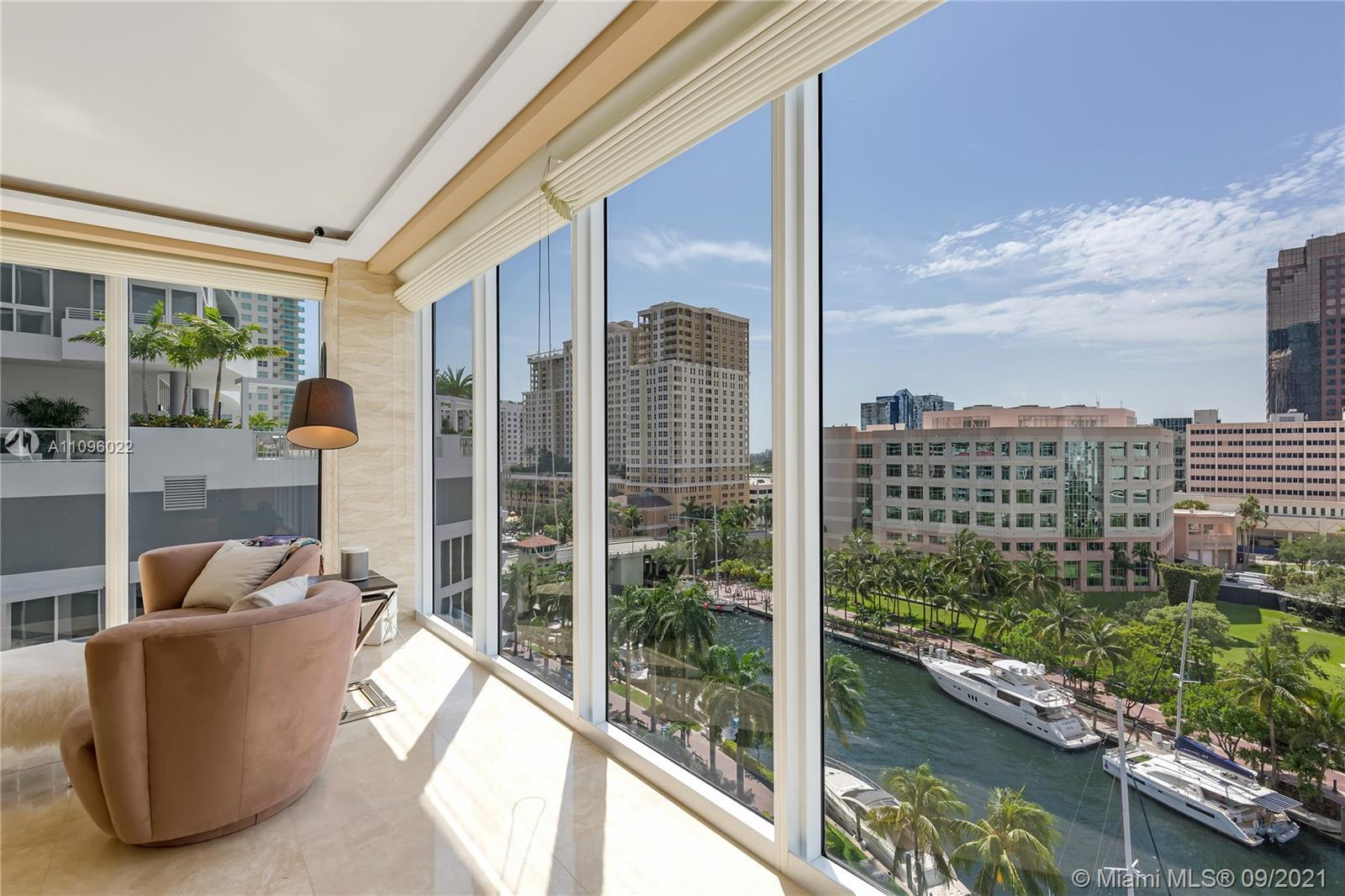 Stunning 10th floor Park with amazing river views in Las Olas River House. Located directly above th