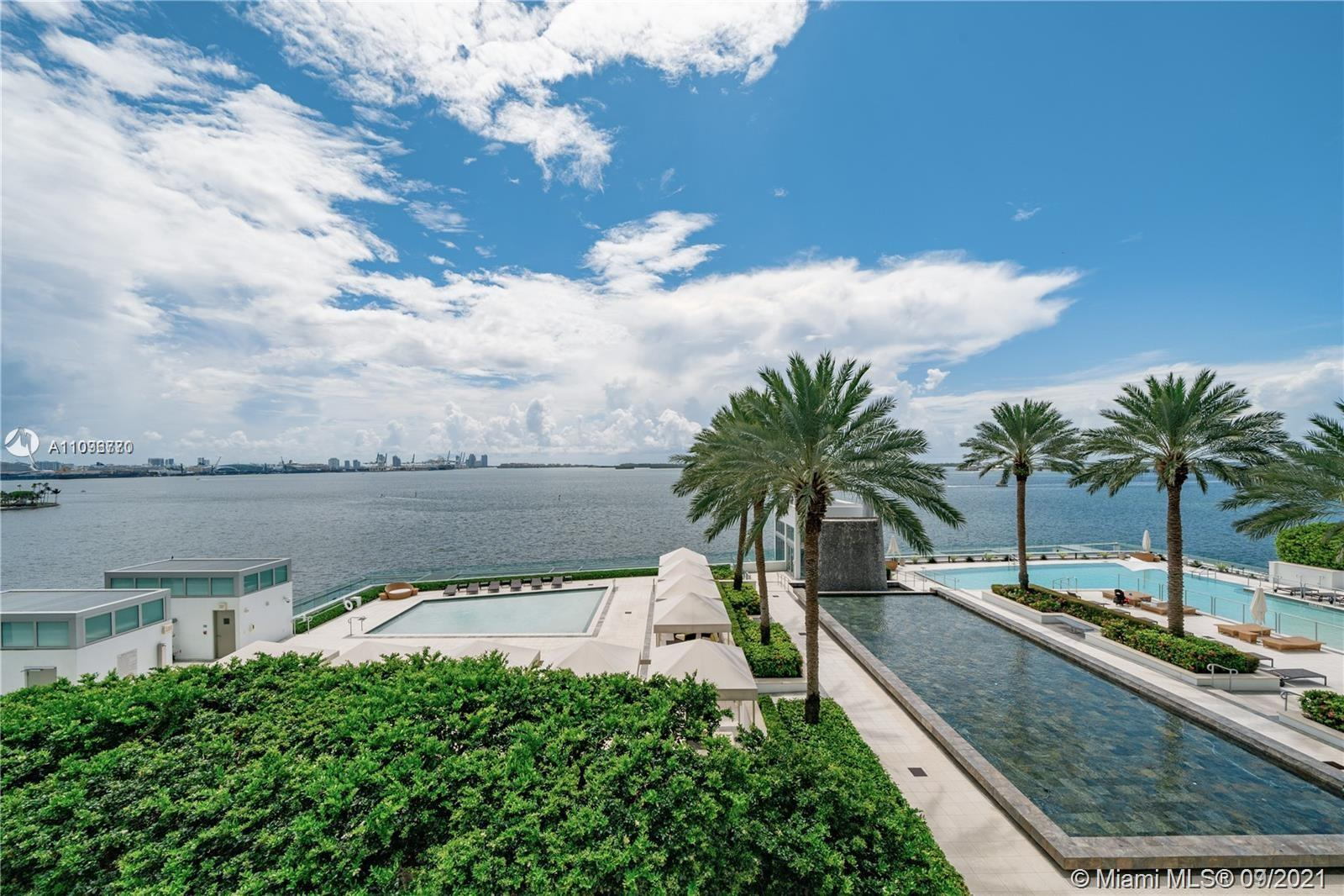 PREMIUM AND MOST DESIRABLE 2 BED/2 BATH SOUTH CORNER UNIT WITH DIRECT BAY AND BRICKELL SKYLINE VIEWS