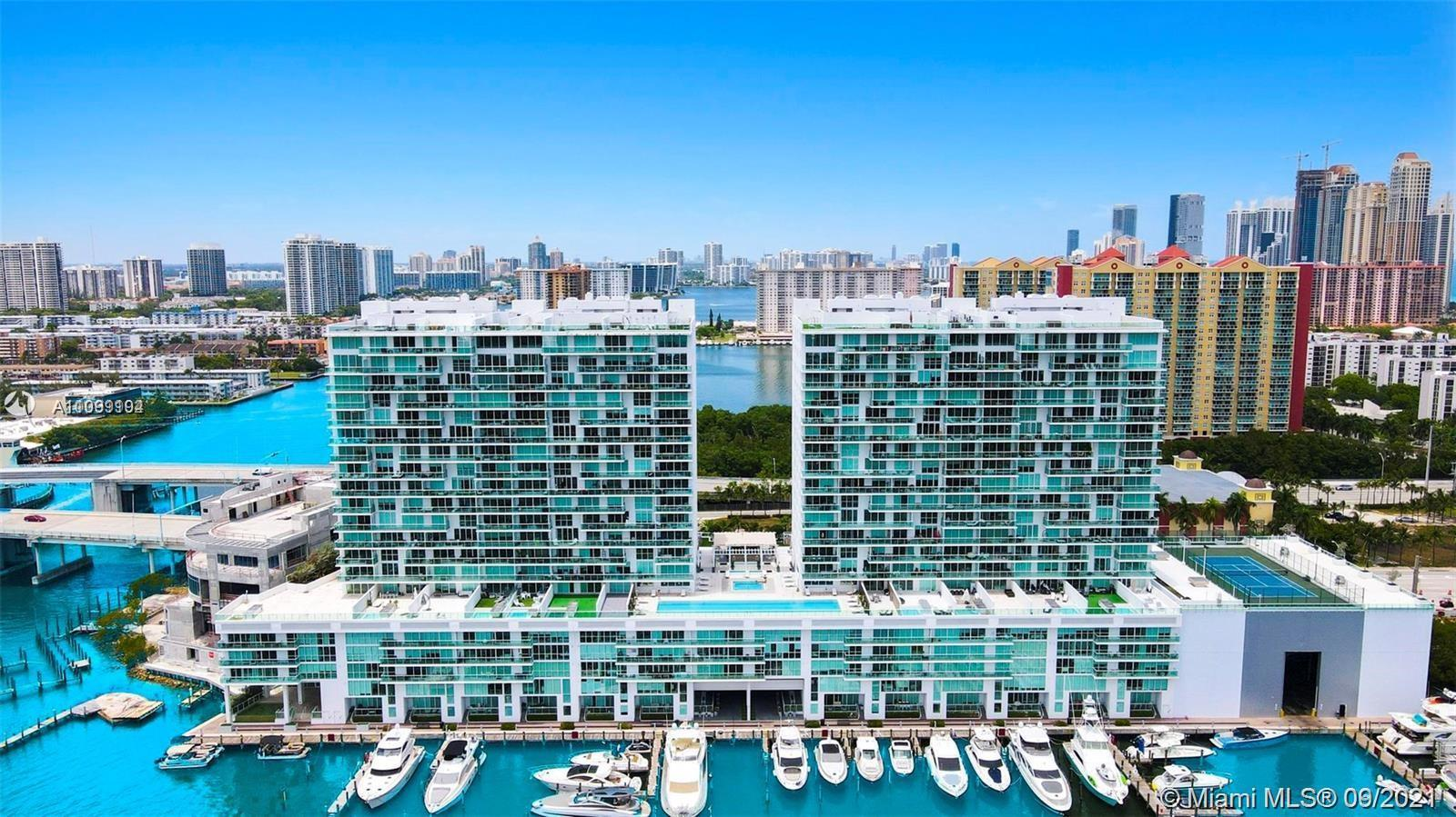 STUNNING BAY FRONT 2 BEDS 3 BATHS UNIT AT 400 SUNNY CONDO. MAGNIFICENT INTRACOASTAL AND OCEAN VIEWS