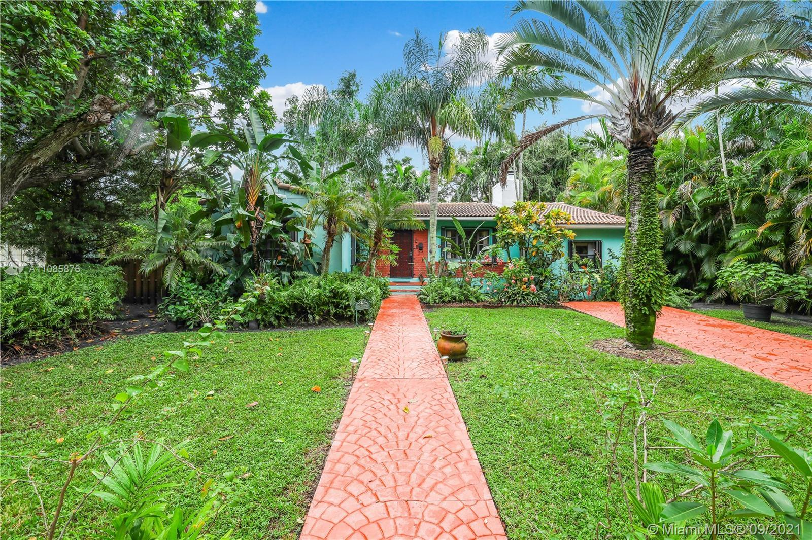 This charming 2 bedrooms 2 bathrooms plus Den home is located in the neighborhood of Miami Shores. T