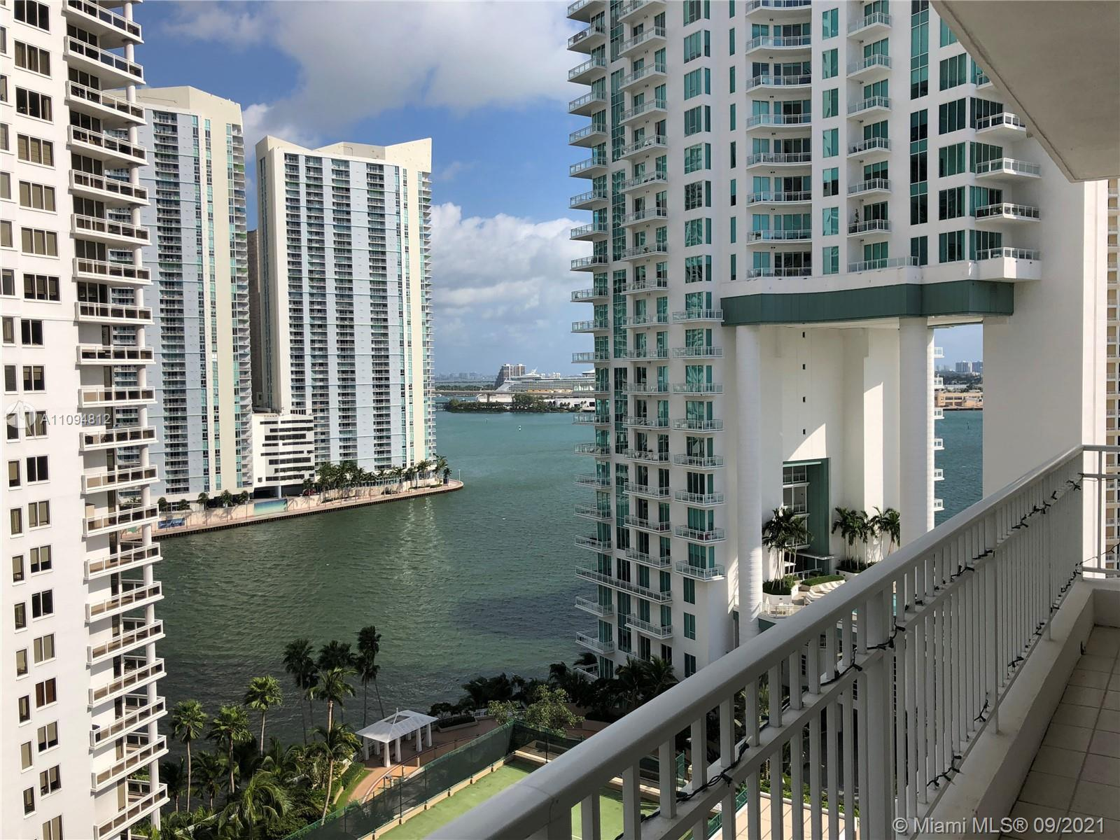 Completely renovated (bathrooms, kitchen and hardwood flooring) Line 10 unit with breathtaking views