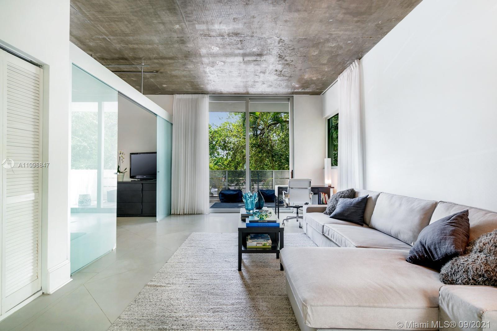 Modern and chic loft space located in the heart of South Beach.  Boasting impressive 10' ceilings, t
