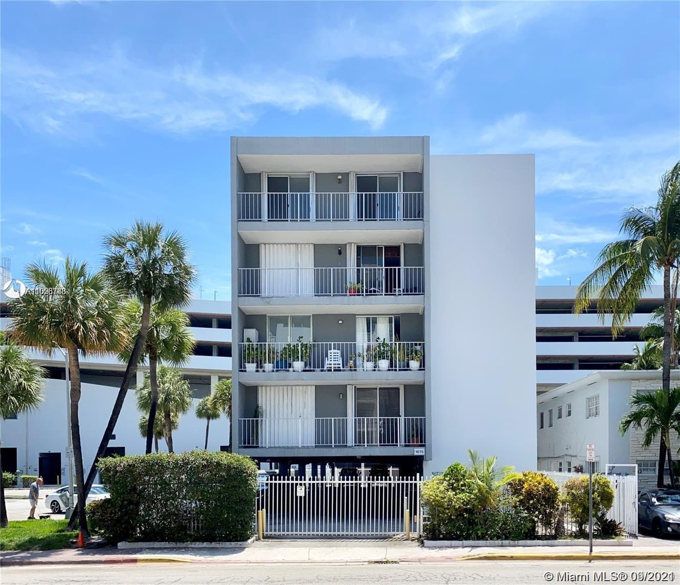 Excellent opportunity, prime location! just in the heart of South Beach! This very spacious & well m