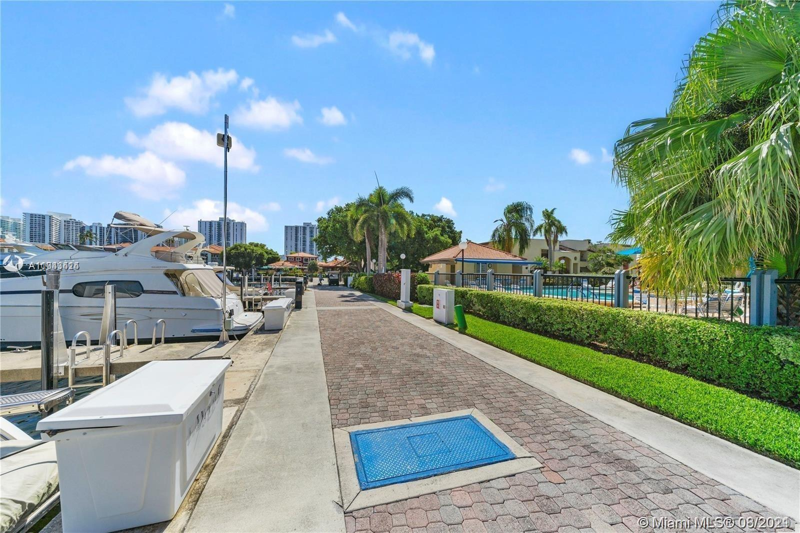 Owner moving, huge price reduction! Very spacious, updated condo in the heart of Aventura available