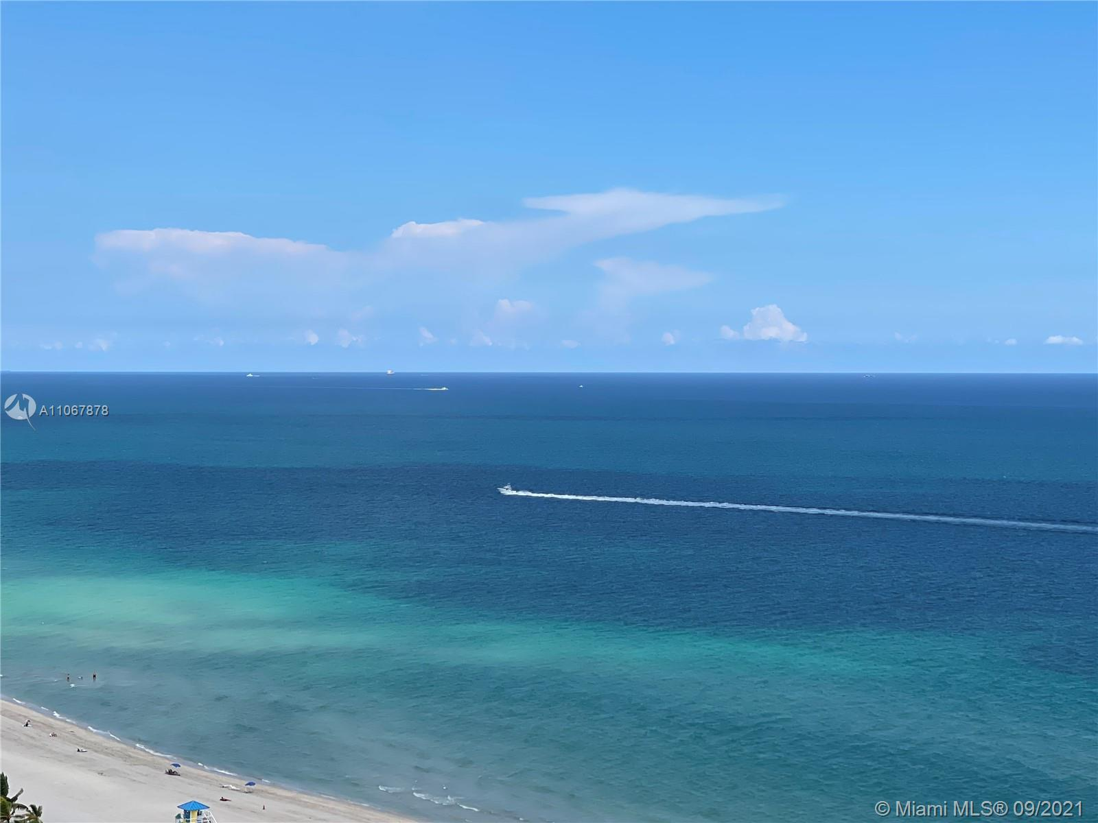 Unobstructed, Panoramic Ocean and Intracoastal views from every window. Complex features Beach servi