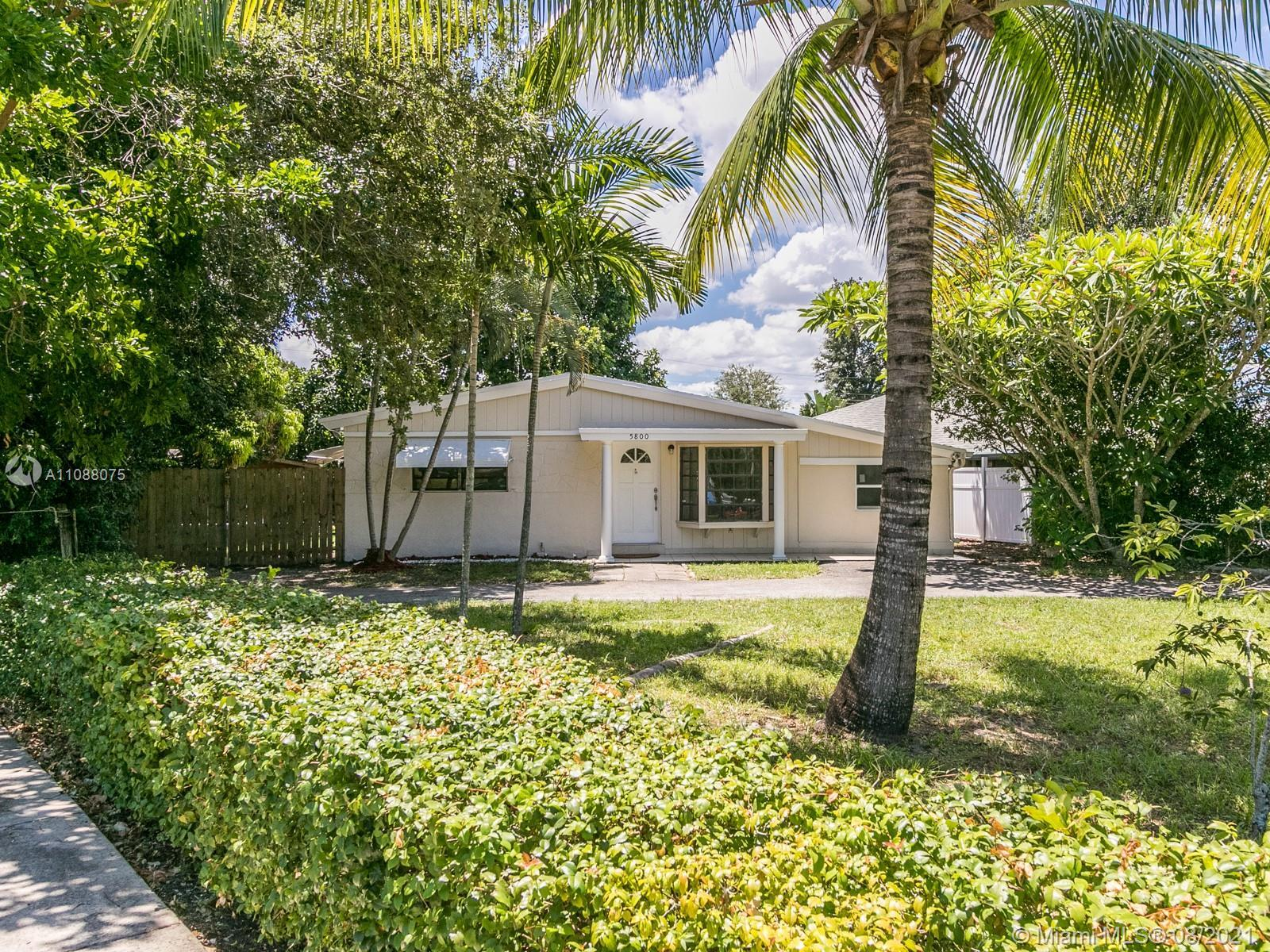 Wonderful income generating property perfect for first time home owners...or even an investor! This