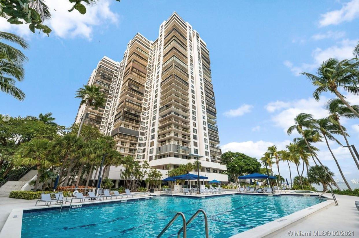 Stunning 2 BED, 2 BATH at Residents of Brickell Bay Club enjoy a number of upscale amenities, includ