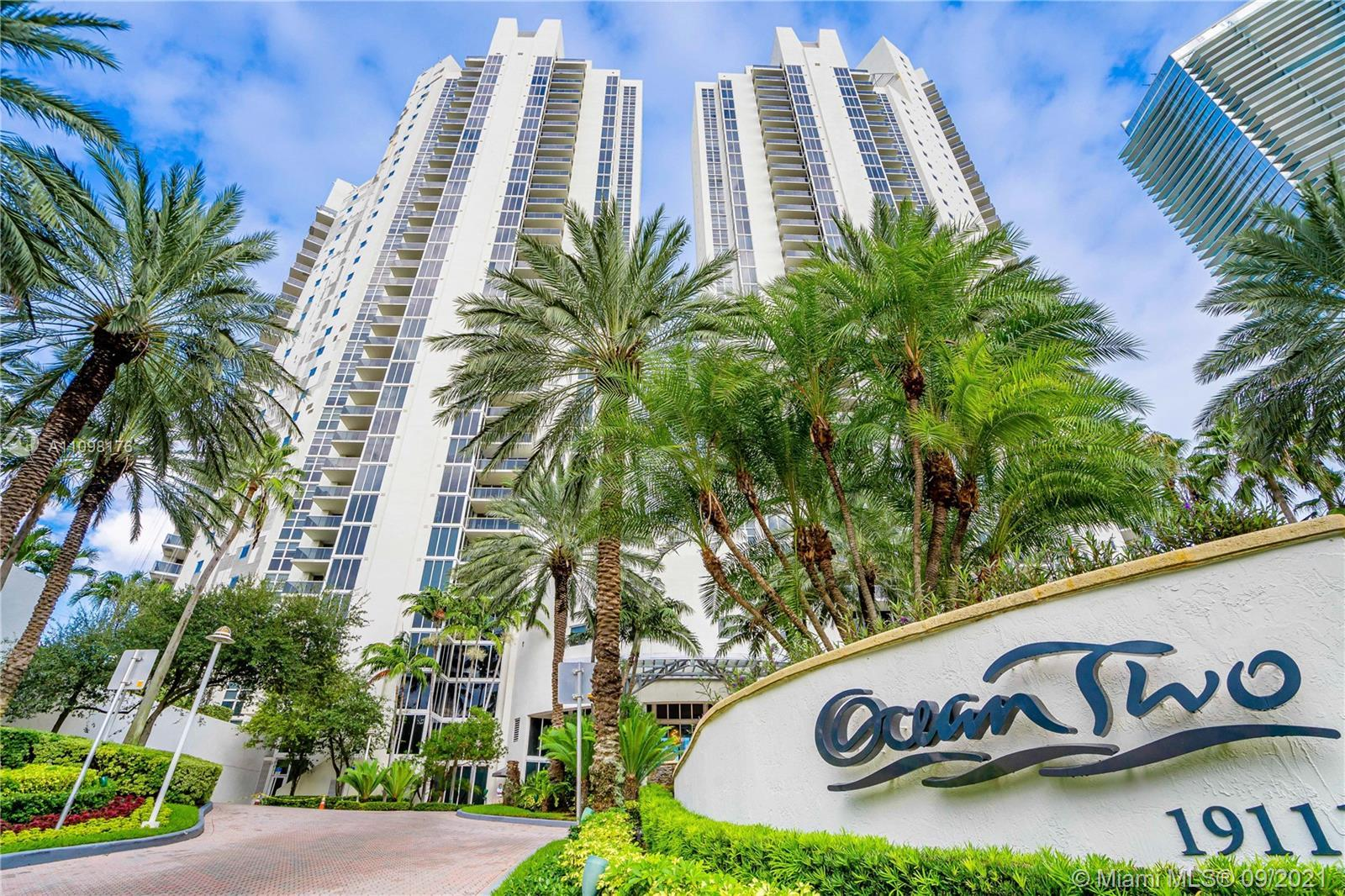 Ocean Two Condo in Sunny Isles Beach. Amazing 3 beds/3 baths unit with exclusive private foyer entry