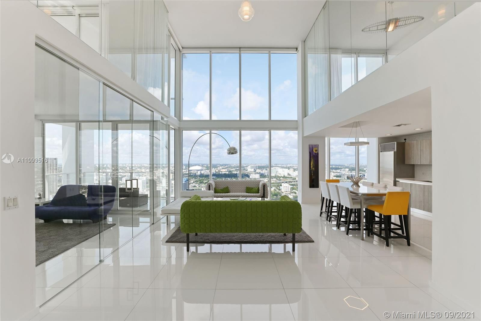 Welcome to one of the most spectacular tower suite lofts in the very boutique Ten Museum Park, locat