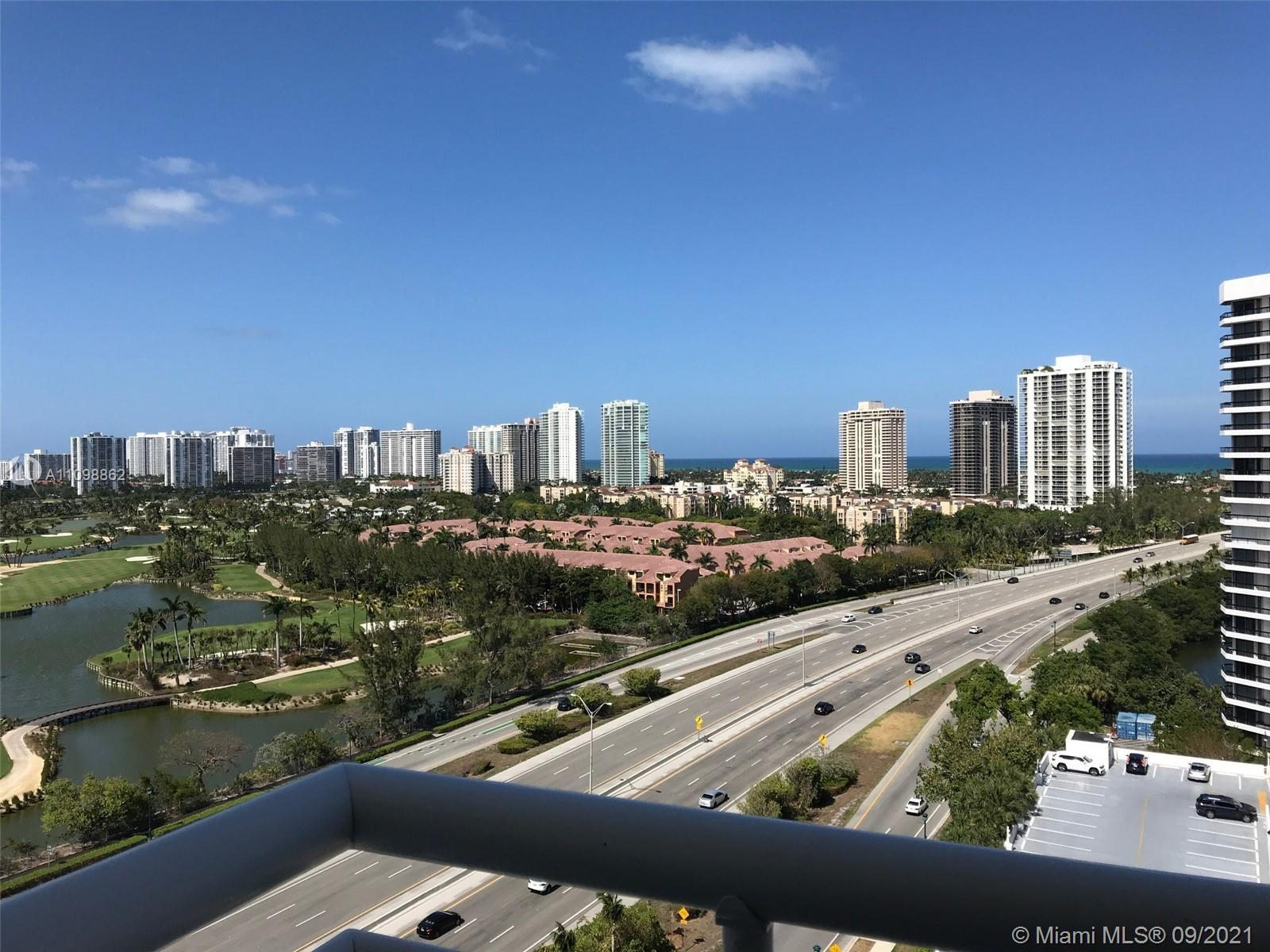 Beautiful panoramic views of golf course and ocean, spacious, corner unit. Washer and dryer in the u
