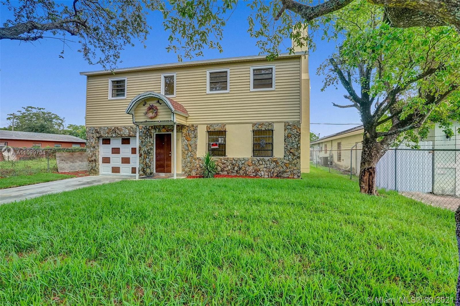 Come on home to this 5 Bed | 3 Bath gated home located in the heart of Fort Lauderdale. This home wi