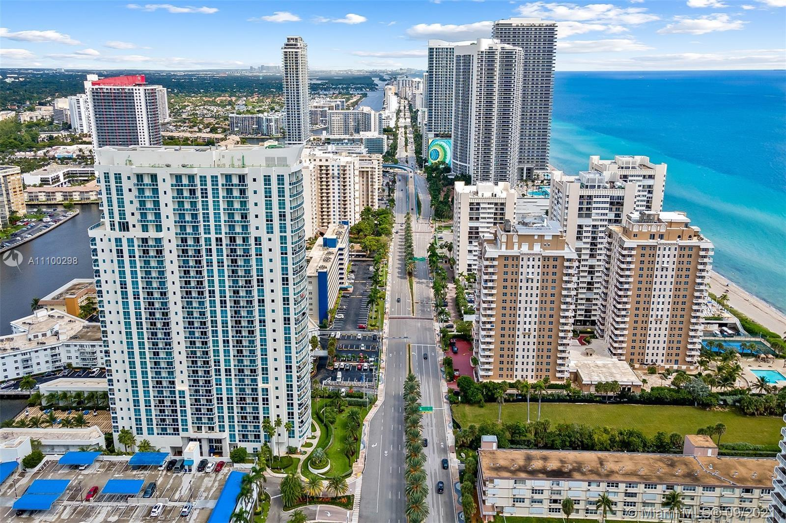 Soaring Oceanfront views - 23rd Floor - HARD TO FIND Corner unit Condo - Panoramic view of the Atlan