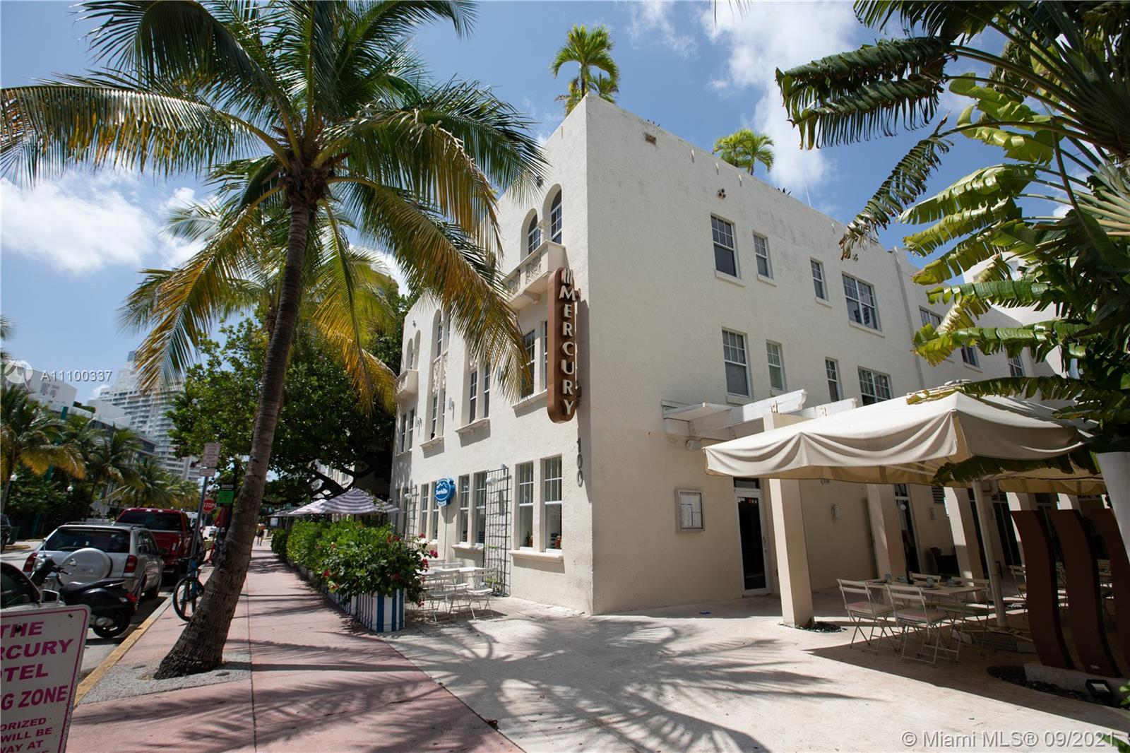 CONDO-HOTEL, ONE BEDROOM UNIT ON SOUTH BEACH, LOCATED ON THE LUXURIOUS NEIGHBORHOOD OF SOUTH OF FIFT