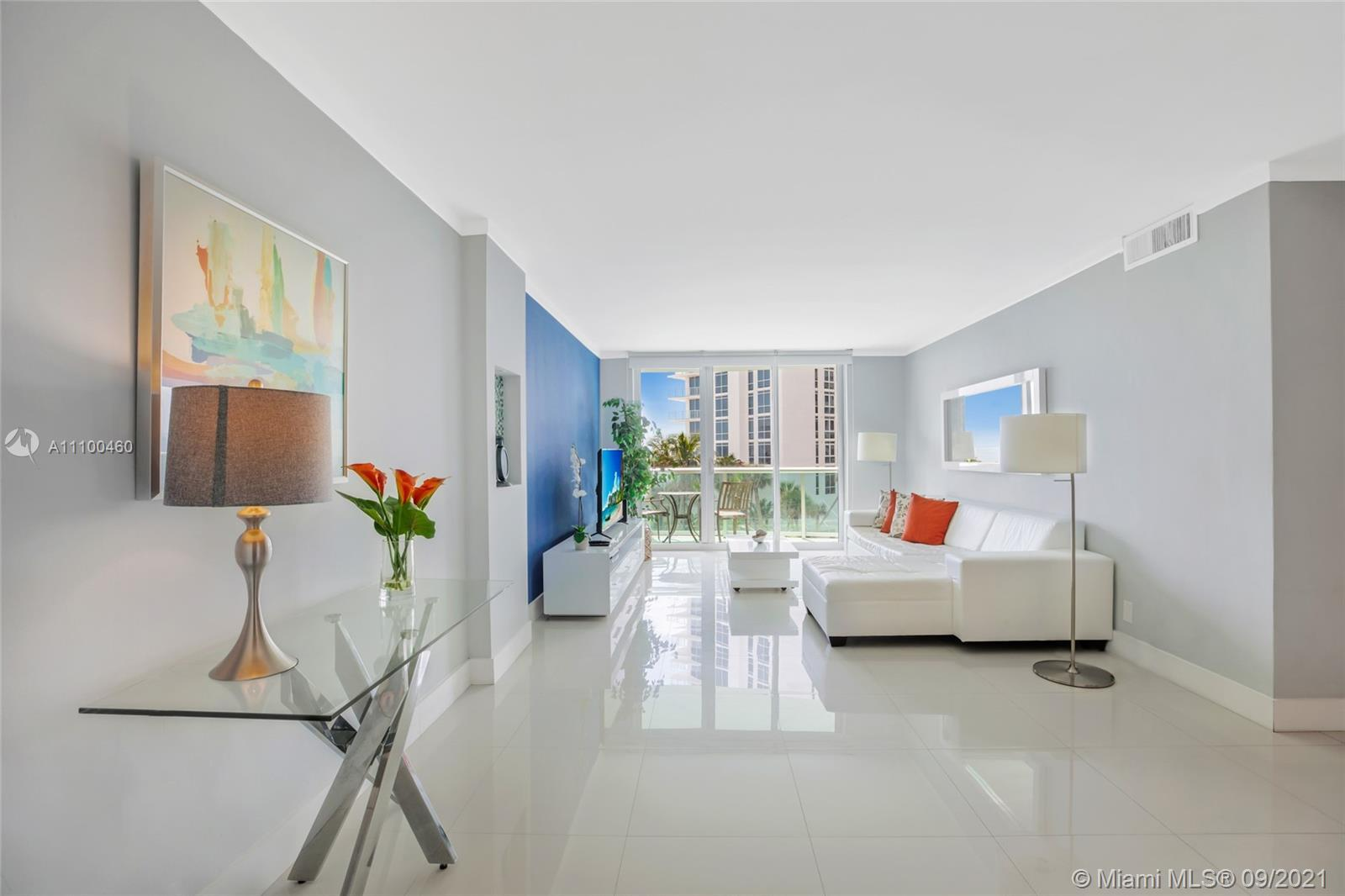 BEST CONDO TO LIVE AND ENJOY 2/1/1 AT HOLLYWOOD BEACH  OK FOR SHORT TERM RENTAL. ALL REMODELED CON