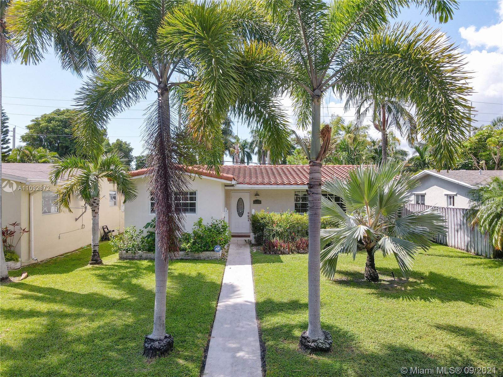 THIS IS IT -  UPDATED EVERYTHING! INCREDIBLE LOCATION FOR BOTH SALE AND RENTAL DEMAND! - THIS EAST H