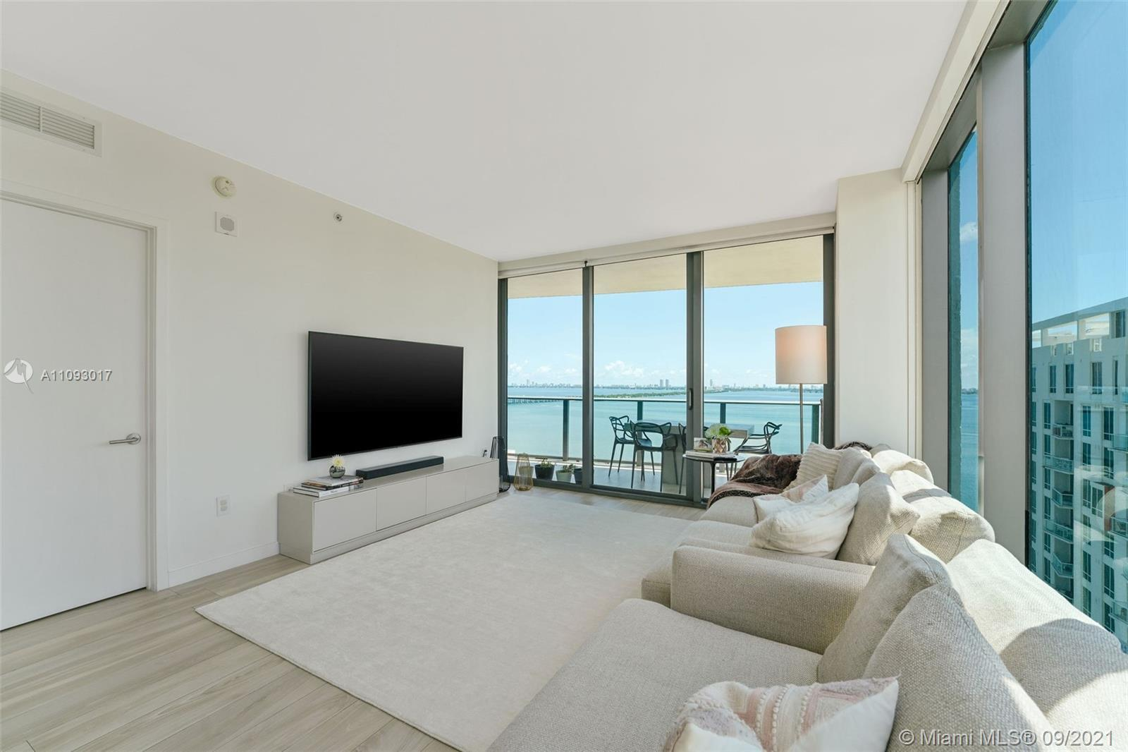 FABULOUS 3 BEDRM 2.5 BATH SE CORNER UNIT LOCATED AT ICON BAY WATERFRONT TOWER!  SUNRISE AND SUNSET B