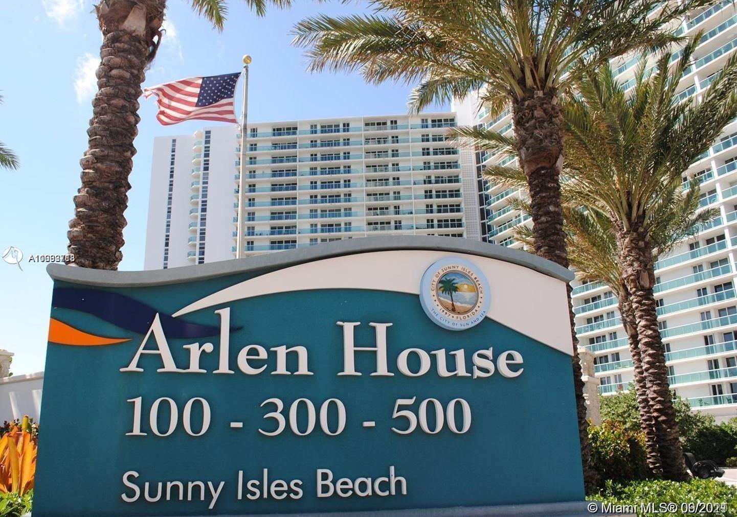 STEPS AWAY FROM WORLD FAMOUS HAULOVER BEACH! Welcome to Arlen House East in the heart of Florida's R