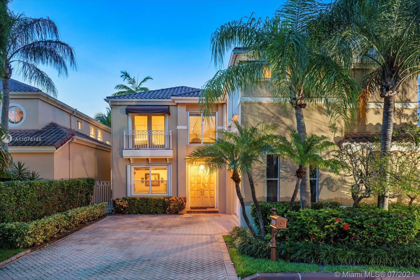 Spectacular family home in Island Way.  Totally renovated with designer finishes and abundant upgrad