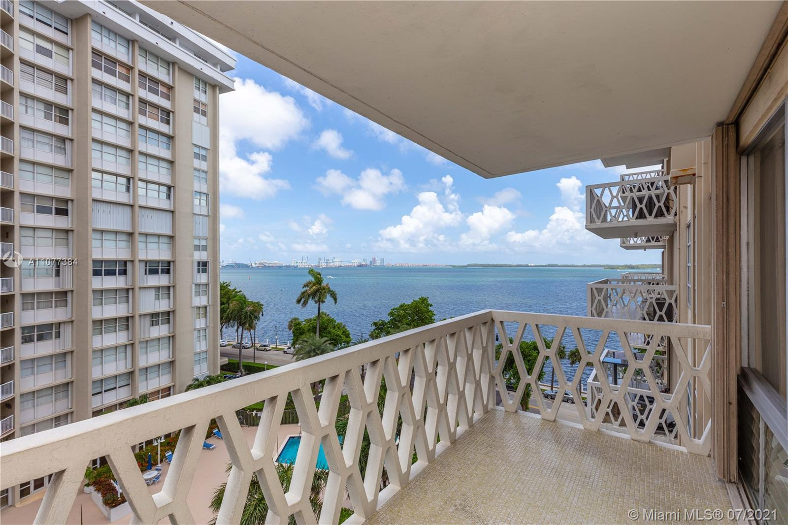 Unobstructed bay views on prestigious Brickell Bay Drive! Bright 1/1, apt. on the 7th floor of well