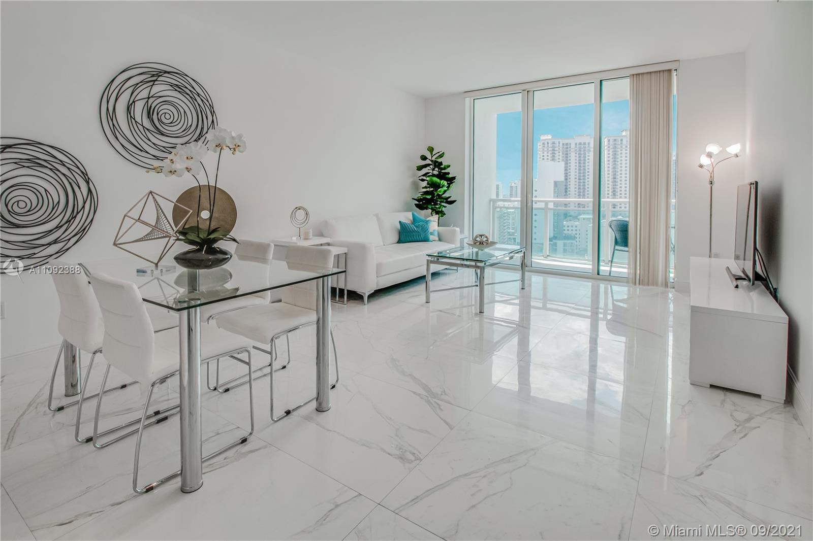 Live limitlessly in this delightful 20th floor unit at The Plaza overlooking prestigious Brickell Av