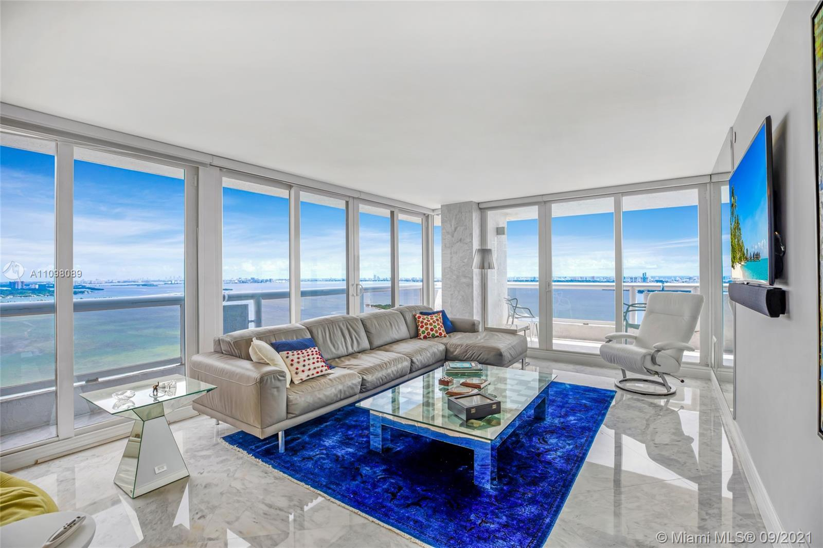 Spectacular penthouse! It's a million dollar views from the Bay and Miami skyline from your private