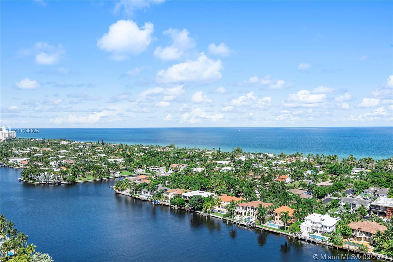Just updated! New furniture! Lovely large furnished yearly rental in luxurious Turnberry Isle North
