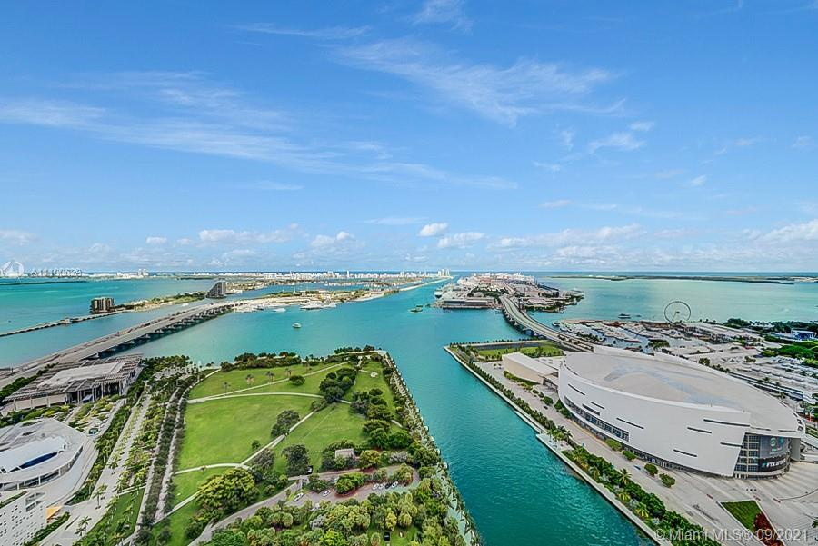 Rarely available 04' Line at the prestigious 900 Biscayne Bay featuring expansive 44th floor unobstr
