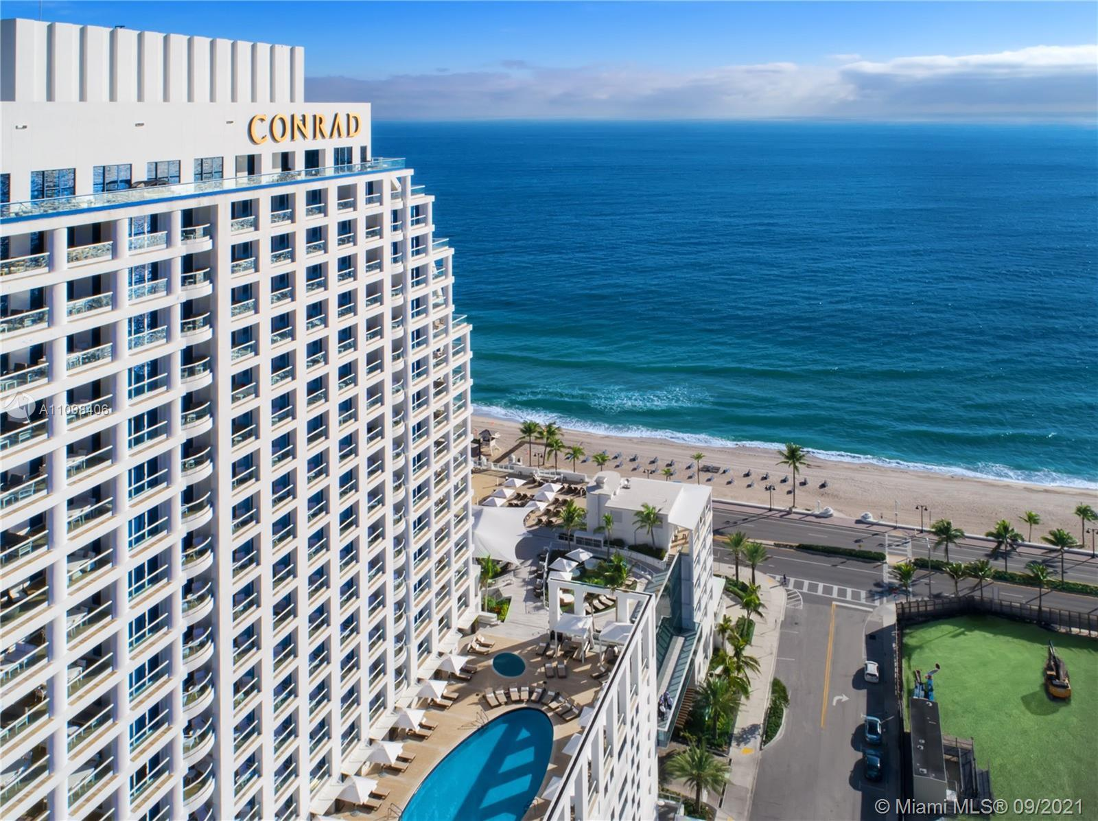 Beautiful sunset views from this turn-key 1 Bed | 1.5 Bath in an oceanfront property. Fully furnishe