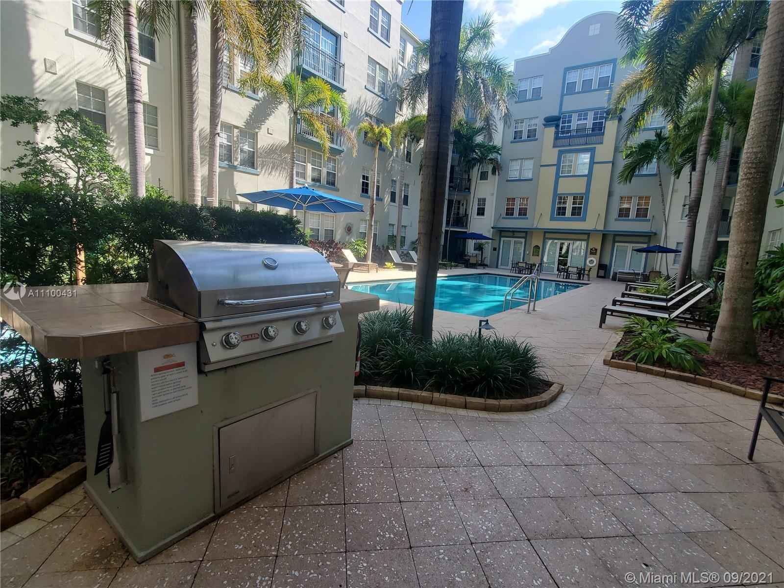 Minutes to the Las Olas action, this downtown Fort Lauderdale property is within the exciting Flagle